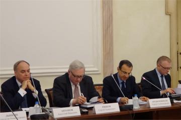 Общественная Палата обсудила российско-американские отношения