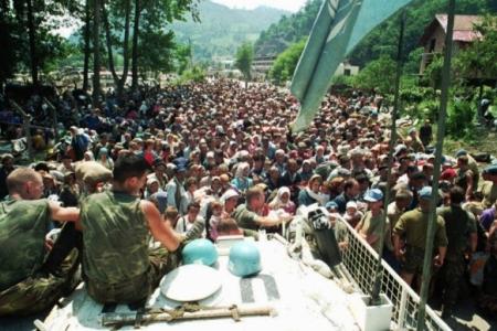 Сребреница: к 20-летию информационного мифа