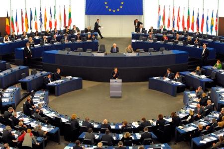 Европарламент ссорит ЕС не только с Москвой, но и с Баку, а возможно, - и с Кишиневом