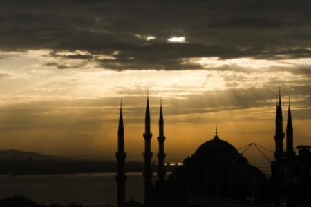Исламский фундаментализм в борьбе за светлое прошлое