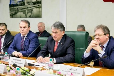 Ю. Воробьев: Никто из жителей Юго-Востока Украины не должен остаться без внимания и поддержки