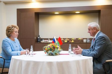 Россия и Беларусь стремятся к созданию единого рынка труда, образовательного и информационного пространства – В. Матвиенко