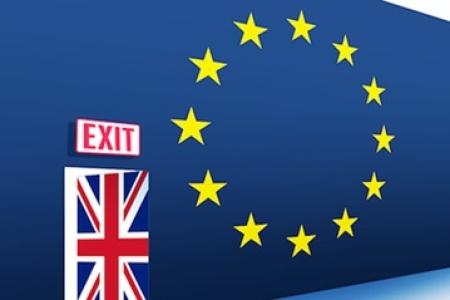 Сторонники Brexit побеждают, но политические проблемы остаются