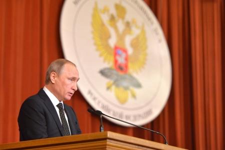 Владимир Путин в МИД России: «Положение дел в мире далеко от стабильного, и становится всё менее предсказуемым»