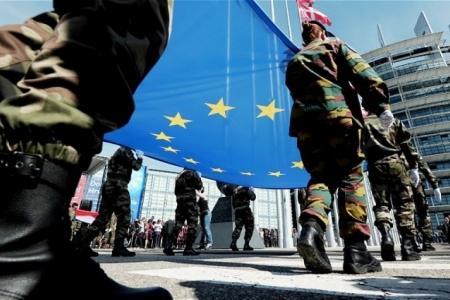Какие политические цели преследует создание армии ЕС?