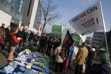 Переговоры по TTIP раскалывают Евросоюз