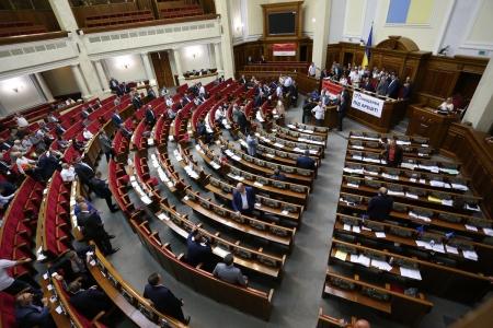 Украина намерена ввести военно-гражданские администрации в граничащей с Крымом Херсонщине
