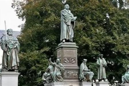 Может ли Реформация стать альтернативой революции?