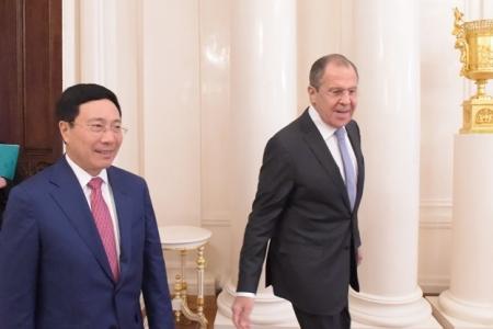 Москва-Ханой: «сверка часов» перед саммитом АТЭС-2017 во вьетнамском Дананге