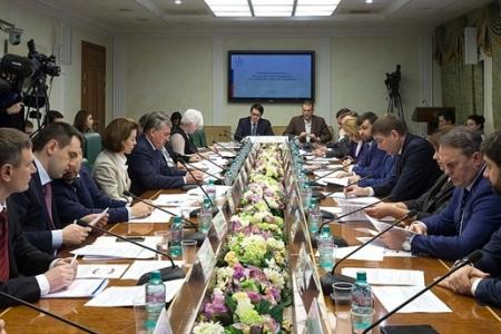 Комитет СФ по общественной поддержке Юго-Востока Украины планирует помощь Донбассу в 2017 году