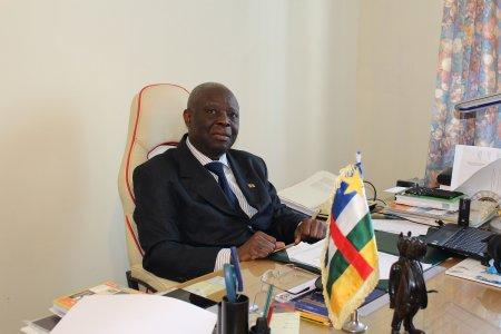Посол ЦАР Клод Безо: «Активизация отношений между ЦАР и Россией не только возможна, но и необходима»
