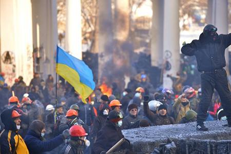 Украина: власть теряет инициативу и полномочия, националисты объединяются