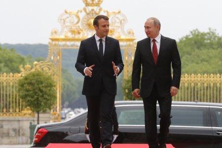 Парижский визит Владимира Путина в интерьере еврокризиса