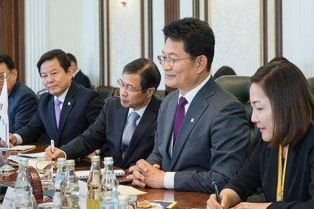 И.Умаханов: «Мы рассматриваем Южную Корею как одного из наших важных партнеров в рамках как парламентского, так и экономического сотрудничества»