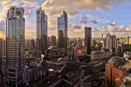 Двадцать лет в составе КНР: теряет ли Гонконг свой блеск?