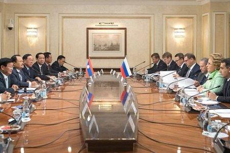 Председатель СФ В.Матвиенко провела встречу с Премьер-министром Лаосской Народно-Демократической Республики Т.Сисулитом