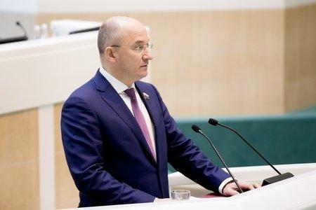 О. Цепкин: Совет Федерации уделяет большое внимание участию молодежи в решении вопросов, затрагивающих ее интересы