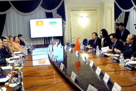 Сенатор Евгений Бушмин: Россия будет и впредь наращивать добрые связи с дружественным Вьетнамом