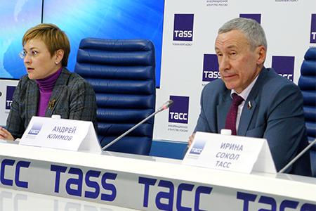 Совет Федерации РФ: как оградить страну от вмешательства Запада