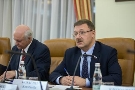 К. Косачев: Россия уважает суверенитет Сирии и право сирийского народа самостоятельно определять судьбу своей страны