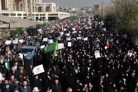 Чем вызваны протесты в Иране?