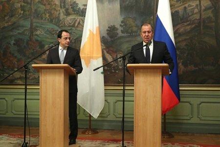 Никос Христодулидис: Мы готовы возобновить переговоры по кипрской проблеме
