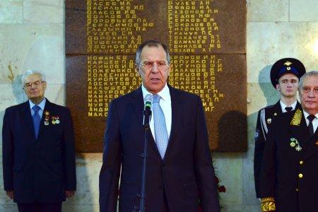Выступление и. о. министра иностранных дел России С.В.Лаврова на церемонии возложения цветов к мемориальным доскам, посвященное Дню Победы