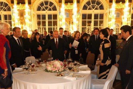 Зачем они в Россию едут: в поисках опоры или корысти?