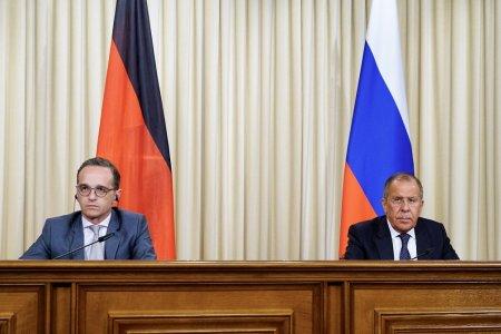 Сергей Лавров: Прямая дискуссия полезнее микрофонной дипломатии