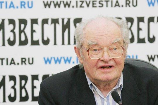 Ветерану «Известий» Леониду Камынину исполнилось 90-лет