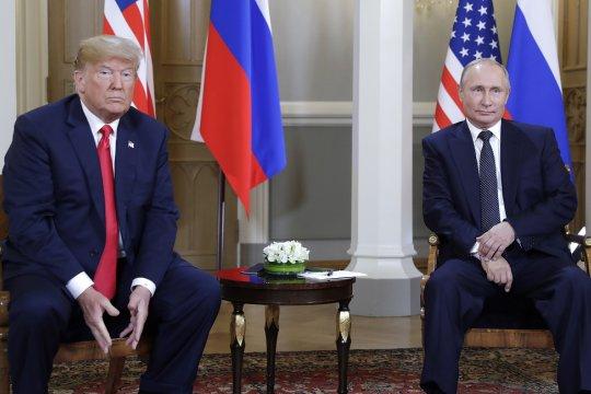 В Кремле прокомментировали отказ Трампа встречаться с Путиным