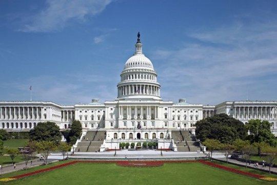 Антироссийские санкции со стороны США будут отложены - Bloomberg