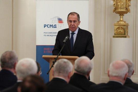 Сергей Лавров: мир не перестает лихорадить