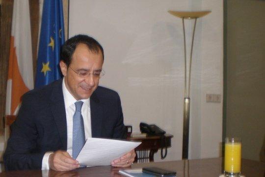 Я попросил российскую сторону поговорить с Анкарой по кипрскому вопросу - глава МИД Кипра