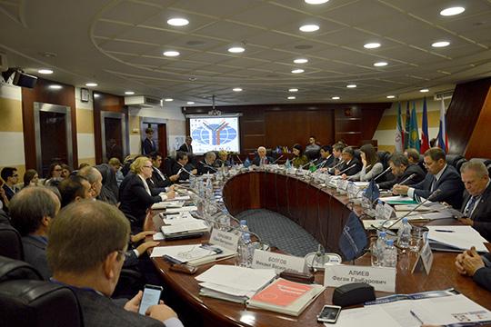 Абдулатипов: Каспийский регион - это большая политика