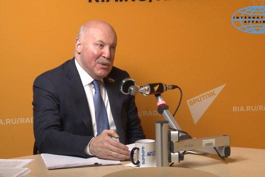 Дмитрий Мезенцев: Санкционное давление США - это новое окно возможностей для России (часть 1)