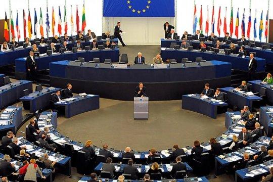Европарламент перечисляет «грехи» Италии