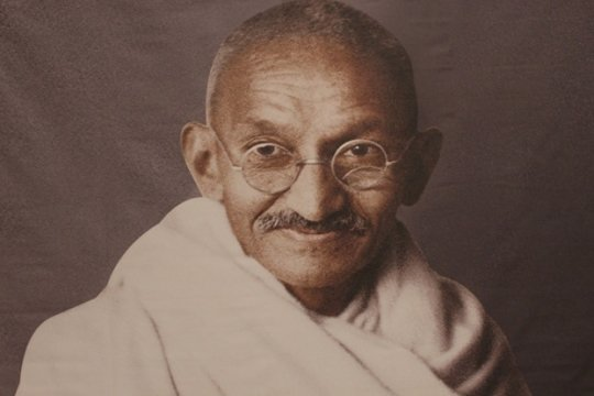 Махатма Ганди: Око за око – и весь мир ослепнет