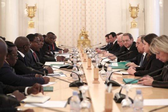 Россия и Замбия обсудили упрощение визового режима