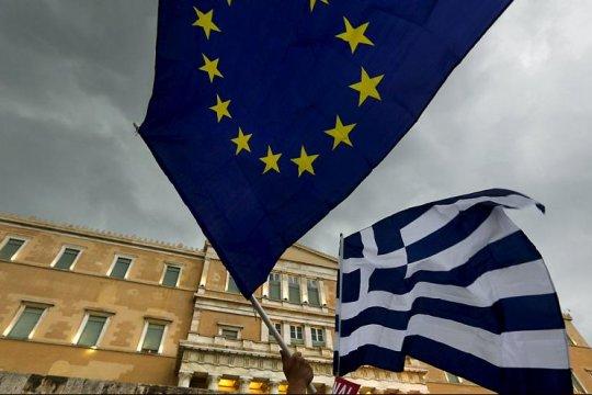 Греки оказались самыми негативно настроенными по отношению к ЕС жителями Евросоюза