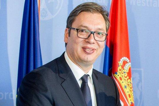 Президент Сербии принял делегацию российских сенаторов