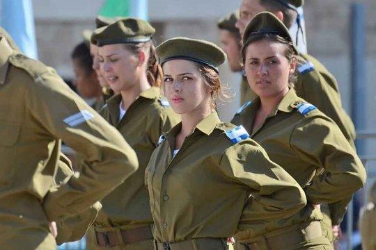 Израиль начал переброску войск на границу сектора Газа