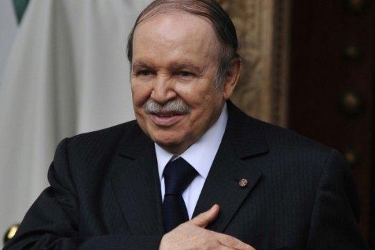Исполняющим обязанности президента Алжира должен стать Абделькадер Бенсалах