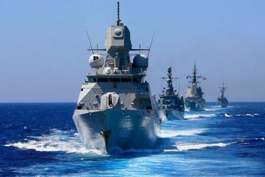 Российские корабли отслеживают передвижение судов НАТО на Балтике