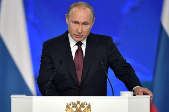 Путин распорядился направить российских миротворцев в ЦАР и на Кипр