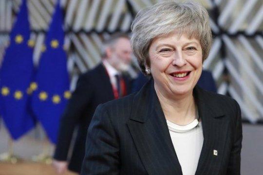 Отсрочка Brexit: почему Мэй непотопляема