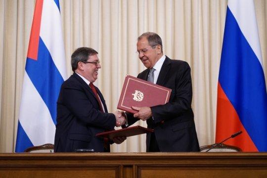 Россия и Куба против «доктрины Монро»