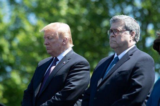 Трамп взялся за инициаторов «Рашагейта». Терезе Мэй приготовиться