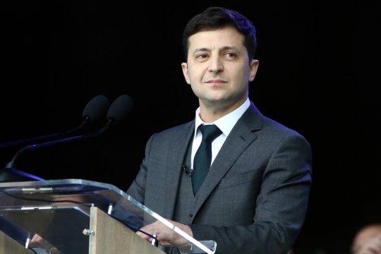 Каким языком заговорит народ Украины с президентом Зеленским?