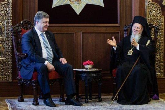Вопрос о самостоятельной церкви на Украине «закрыт»?  Варфоломей пошел на попятную?